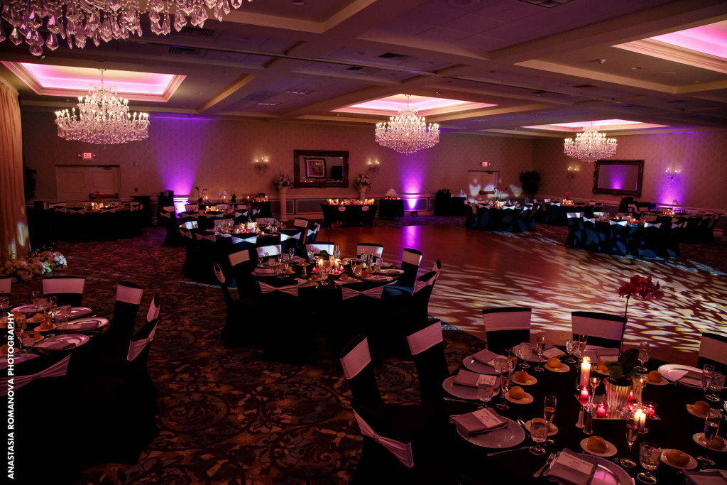 Weddings in the Crystal and Emerald Ballroom at the Radisson Freehold NJ 2
