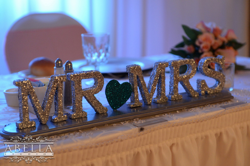 Glitter mr and mrs wedding sign
