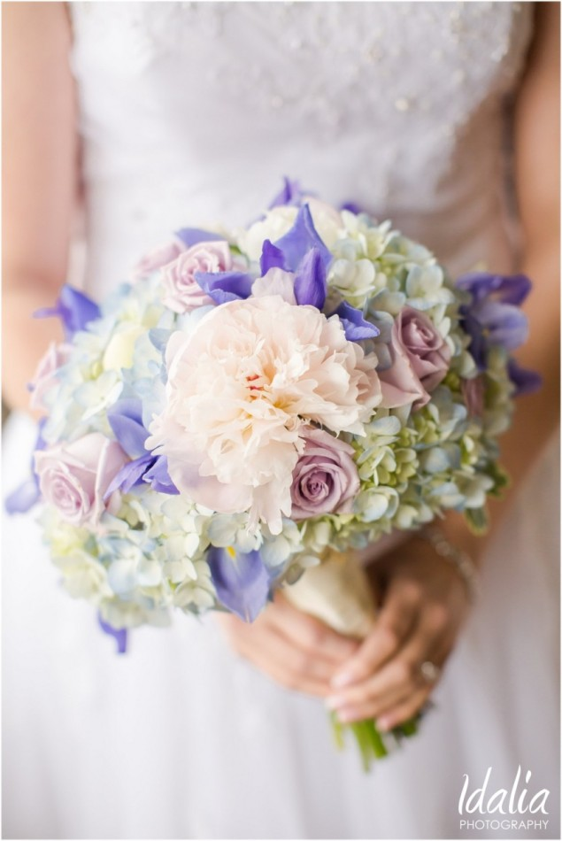 Spring Flower Bouquets at the Crystal Ballroom for Weddings in Central NJ