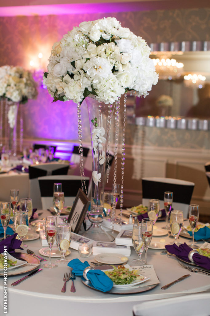 Our beautiful floral chandeliers are complimentary in all our wedding packages. Upgrade them to include the jewels!